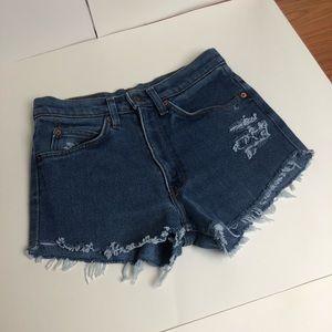 Levi Shorts Vintage Style High Rise